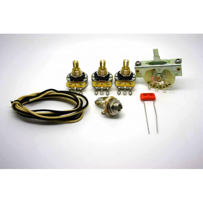 FENDER STRATOCASTER VINTAGE STYLE WIRING KIT WITH 3 WAY SELECTOR AND SPRAGUE ORANGE DROP 0.047uF